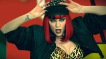 """Domino - Jessie J phá cách và... """"điên"""" nổi loạn"""