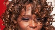 Sự nghiệp lẫy lừng của ca sĩ vừa đột tử Whitney Houston