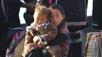 Nét ngộ nghĩnh của những đứa trẻ ở vùng núi Sa Pa - Lào Cai