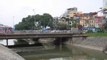 Tăng cầu qua sông, mở thêm đường kết nối sẽ giảm ùn tắc ở Hà Nội?