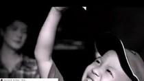 Clip quảng cáo mỳ Gấu đỏ: Mục đích đáng biểu dương hay chê trách?