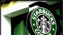 """Starbucks """"phản pháo"""" lời chê của Đặng Lê Nguyên Vũ"""