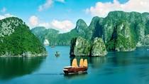Ngây ngất với vẻ đẹp kỳ ảo của vịnh Hạ Long (Quảng Ninh)