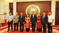 """""""Mỹ thuật Việt Nam và ngoại giao văn hóa"""" xuất phát từ một hội thảo giáo dục"""