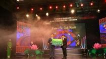 Vietcombank ủng hộ 8,3 tỷ đồng xây trường học