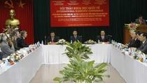Đấu tranh chống các trào lưu phủ nhận giá trị Tuyên ngôn Đảng Cộng sản