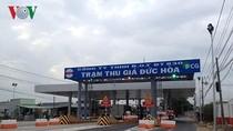 """Cần loại bỏ từ """"thu giá"""" để bảo vệ sự trong sáng của tiếng Việt"""