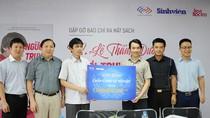 Giới thiệu học bổng 1 tỉ đồng trong ngày ra mắt sách về Tiến sĩ Lê Thẩm Dương