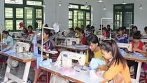 Các trung tâm dạy nghề ở nhiều tỉnh lẻ đang gặp khó