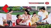 """""""25 năm gắn kết yêu thương - trao ngàn quà tặng"""" cùng Techcombank"""