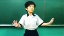 """Clip: """"Gangnam Style và Michael Jackson"""" cùng tái hợp trên bục giảng"""