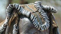 Vẻ đẹp dựng tóc gáy của phụ nữ bộ tộc Surma