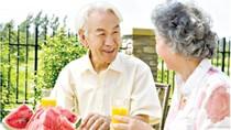 Có nên bổ sung canxi cho người cao tuổi?