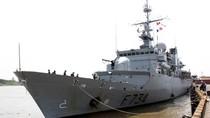 Chiến hạm Vendemiaire của Hải quân Pháp thăm TP Hồ Chí Minh