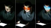 Sử dụng máy tính bảng vào buổi tối sẽ dẫn tới chứng ngủ muộn