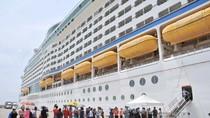 Cận cảnh du thuyền lớn nhất châu Á vừa cập cảng Việt Nam