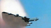Mỹ đồng thời triển khai hành động tự do hàng hải và tự do bay ở Biển Đông