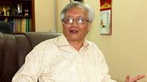 'Sách người Việt viết mà có cờ Trung Quốc rõ ràng là có ý đồ'