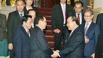 Việt Nam sẵn sàng chia sẻ những khó khăn với nhân dân Lào anh em