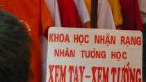 Phì cười hình ảnh 'cực độc' của độc giả sưu tầm chỉ có ở Việt Nam(P10)