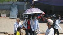 Góc ảnh độc giả: Dòng người ùn ùn đổ về thành phố
