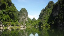 Góc ảnh độc giả: Khám phá danh thắng Tràng An, Ninh Bình