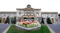 Khám phá Trường Đại học hàng đầu Canada