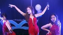 Quán quân Bước nhảy hoàn vũ 'đốt mắt' khán giả Hà Nội