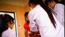 Choáng với hình ảnh gian lận ở 2 phòng thi tại Bắc Giang