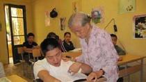 Lớp học đặc biệt nhất Thủ đô của cụ bà 80 tuổi