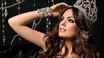 Vẻ đẹp rạng ngời của Hoa hậu Hoàn vũ 2010
