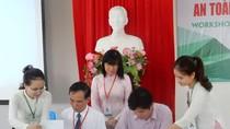 ĐH Đông Á chung tay cùng người dân hướng tới an toàn thực phẩm