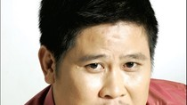 Đạo diễn Phước Sang bị tố lừa gần 3 tỷ đồng và xe Mercedes S350