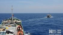 Tàu chỉ huy 30 tàu cá TQ ra Trường Sa chết máy trên biển Đông