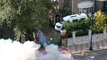 Đại gia Trung Quốc cưới vợ đốt bánh pháo dài 1 km