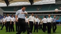 Tân Hoa Xã: Tập Cận Bình trổ tài chơi thể thao