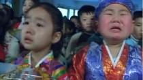 """Video: Trẻ em Triều Tiên òa khóc khi nhận kẹo """"sinh nhật Kim Jong-un"""""""