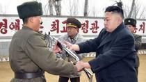 Kim Jong-un làm việc với đội đặc nhiệm cảm tử