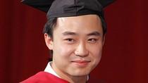 Bạc Qua Qua, con trai Bạc Hy Lai tiếp tục theo học tiến sĩ luật tại Mỹ