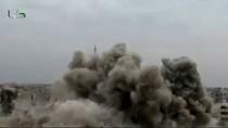 Video: Không kích ngoại ô Damascus và Aleppo ngay khi 2 phe giáp mặt
