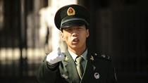 Báo Trung Quốc: Cứng đầu với phương Bắc, Việt Nam sẽ gặp rắc rối to?!