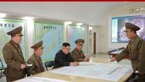 Ông Kim Jong-un nghe báo cáo kế hoạch tấn công Guam