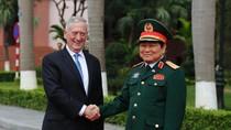 Bình luận thiếu thiện chí của 2 học giả Trung Quốc về quan hệ Việt-Mỹ, Biển Đông