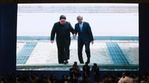 Cuộc trò chuyện thú vị của lãnh đạo 2 miền Triều Tiên khi vượt Vĩ tuyến 38
