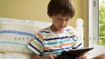 Không nên cho trẻ sử dụng iPad quá sớm