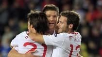 Đã giành vé đi EURO, Tây Ban Nha vẫn triệt hạ đội khát điểm