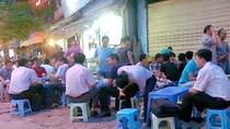 """""""Lười và ham nhậu"""" là cái nhìn của người nước ngoài về đàn ông Việt"""