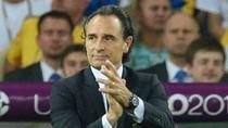 """HLV tuyển Ý thừa nhận Tây Ban Nha """"quá mạnh, quá siêu việt"""""""
