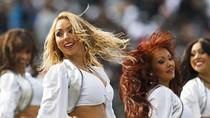 Nữ hoạt náo viên bóng bầu dục Mỹ mê hoặc người xem (phần 4)