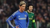 Di Matteo bị Chelsea sa thải vì toan 'trảm' Torres